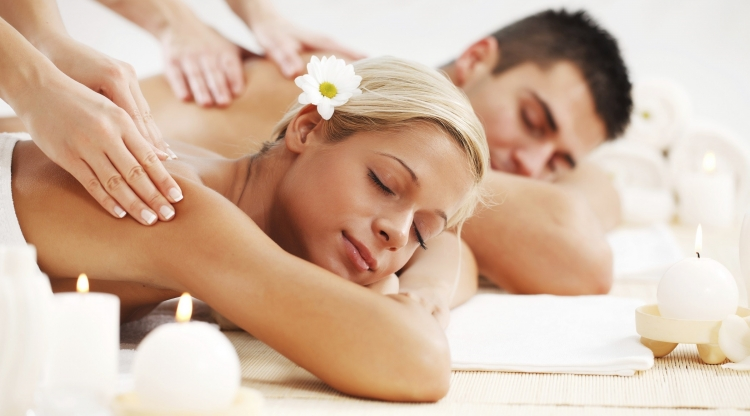 Ruby Refresh And Rejuvenate Unisex Spa